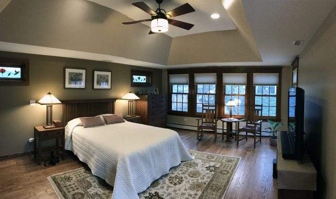 Craftsman Master Suite Addition In the Glenview Area