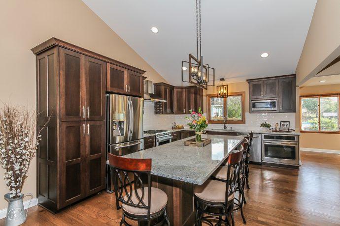 Hoffman Estates Transitional Kitchen & First Floor Transformation